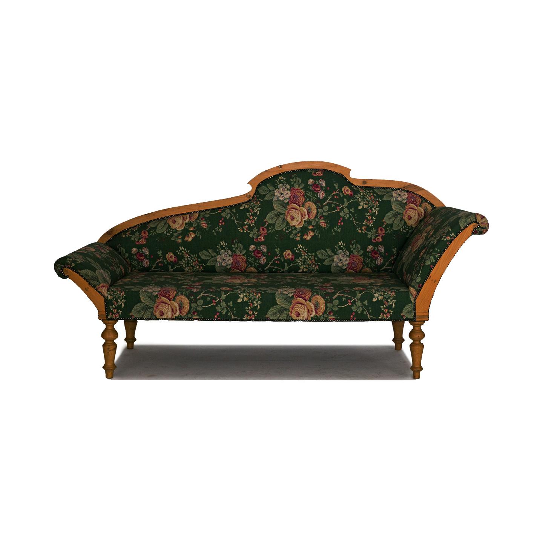 antique chaiselongue