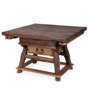 Außergewöhnlich tables | Posch Antiques | Antique farmhouse furniture @ZX_51