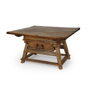 Lieblings tables | Posch Antiques | Antique farmhouse furniture #VY_79