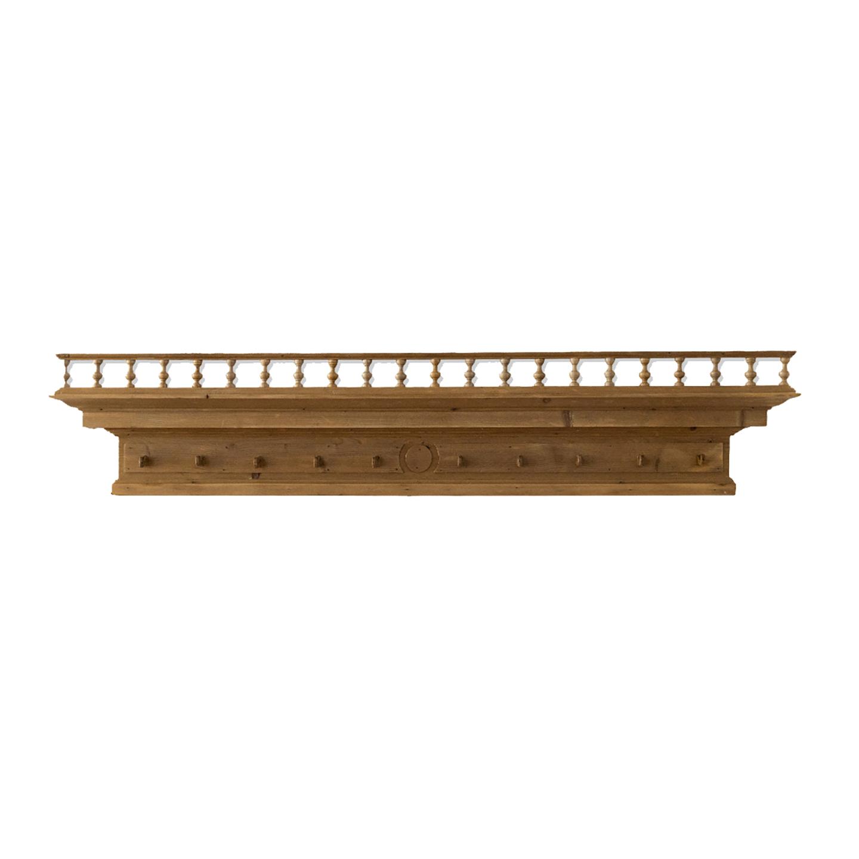 Garderobe aus Holz