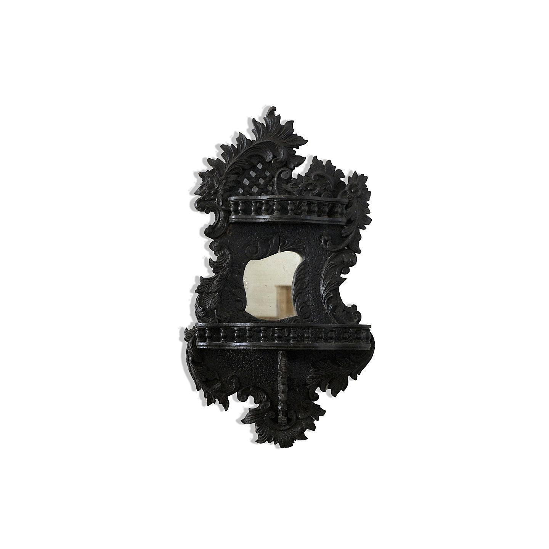 reichhaltig geschnitzter Spiegel