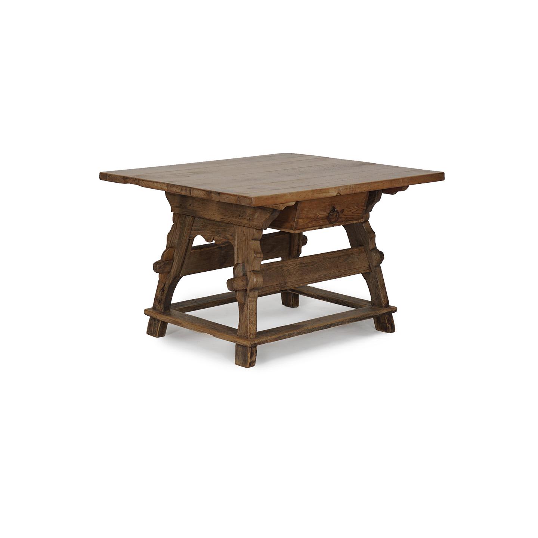 antiker Bauerntisch in Hartholz